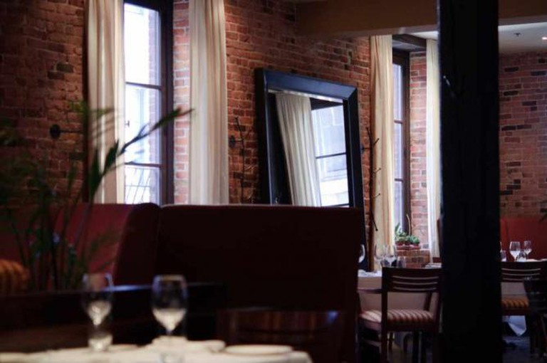 Verses Restaurant | © Ames Lai/Flickr