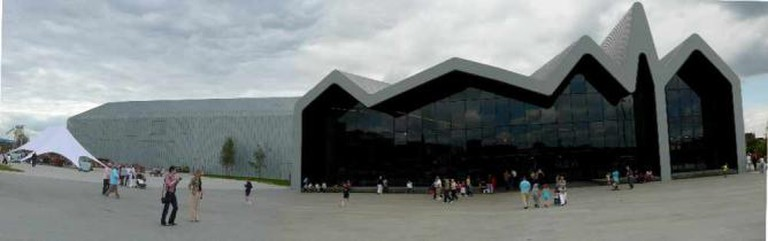 Riveride Museum front panoramic | © Bjmullan/WikiCommons