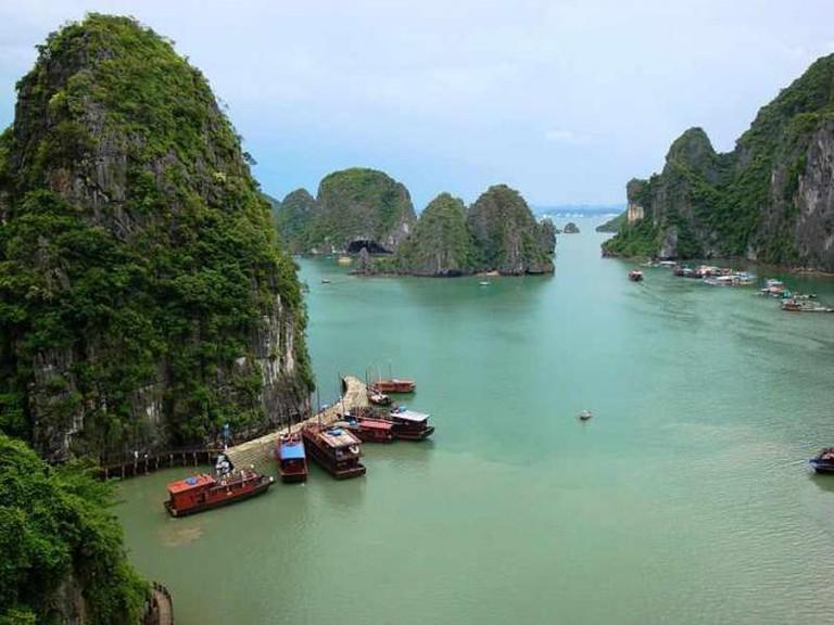 Ha Long Bay | © Francesco Paroni Sterbini/WikiCommons
