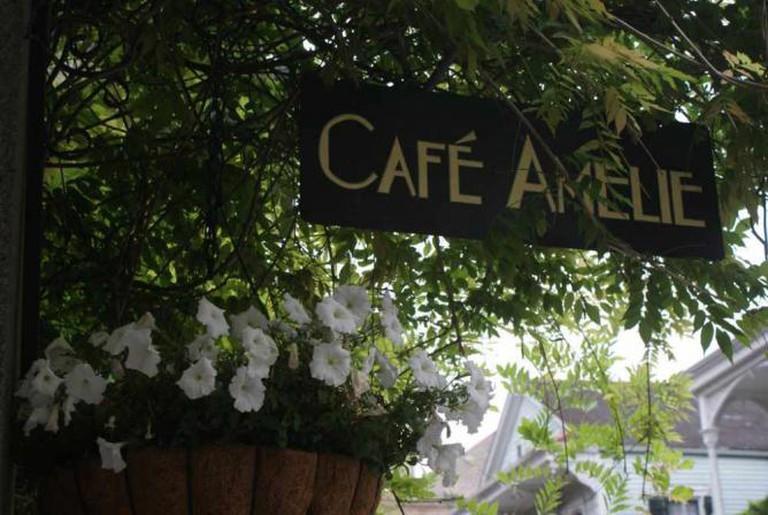 112/365 Café Amelie