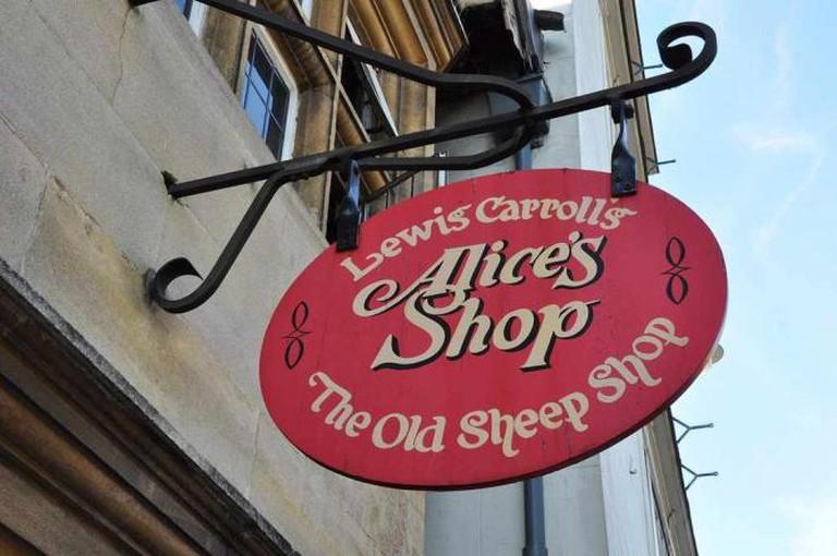 Alice's Shop | © Chris Evans/Flickr