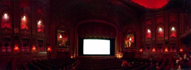 Inside the Byrd Theatre | © Oleg Brovko/Flickr