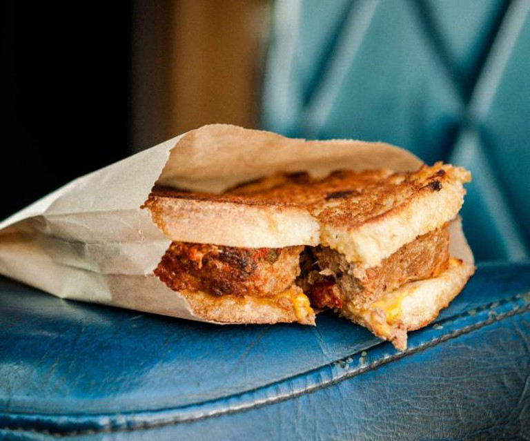Meatloaf Sandwich; Landry et Filles