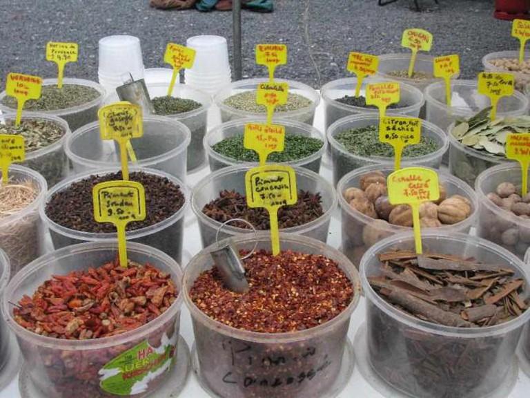 Plainpalais market