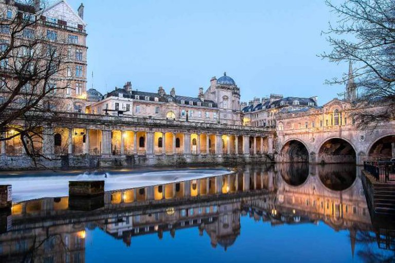 Bath's iconic weir | ©Stewart Black/Flickr