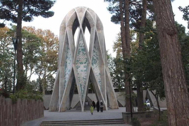 Mausoleum of Omar Khayyam | © آرمین/Wikicommons