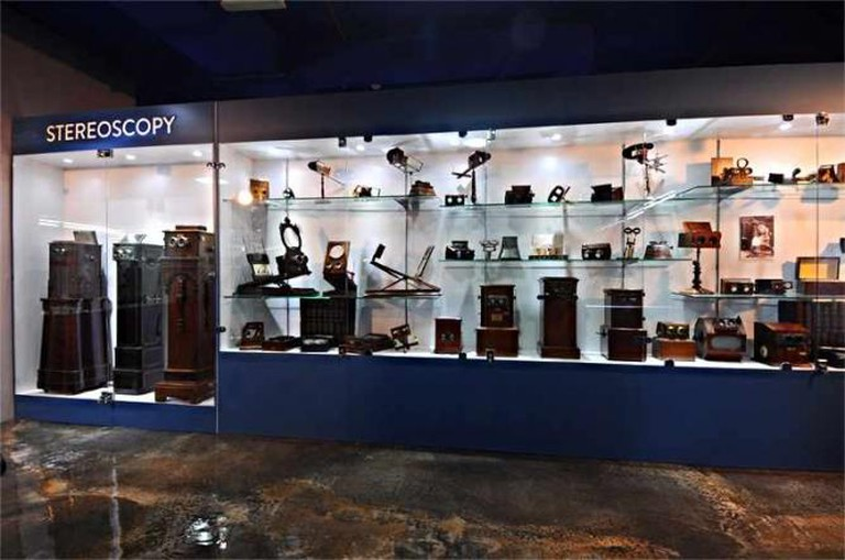 Stereoscopy Display | Courtesy of Dubai Moving Image Museum