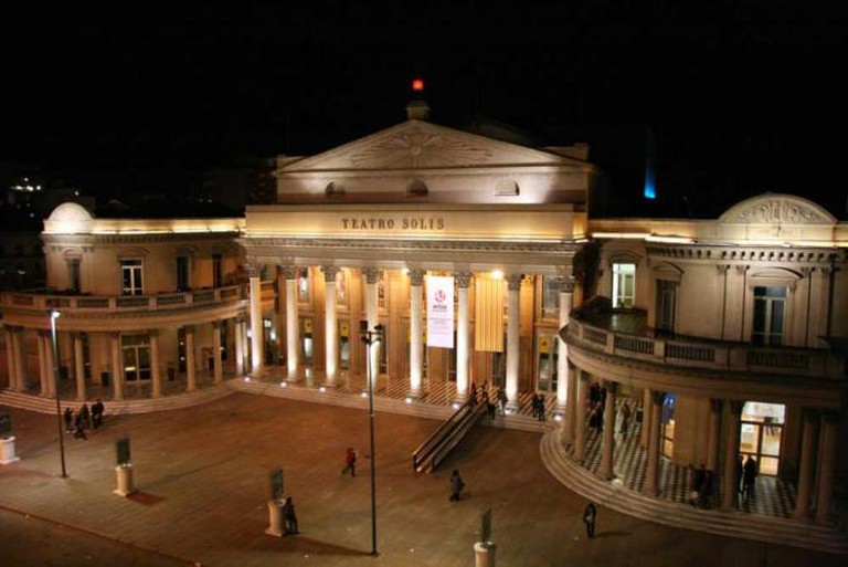 Teatro Solís in Montevideo © Travel Aficionado/Flickr