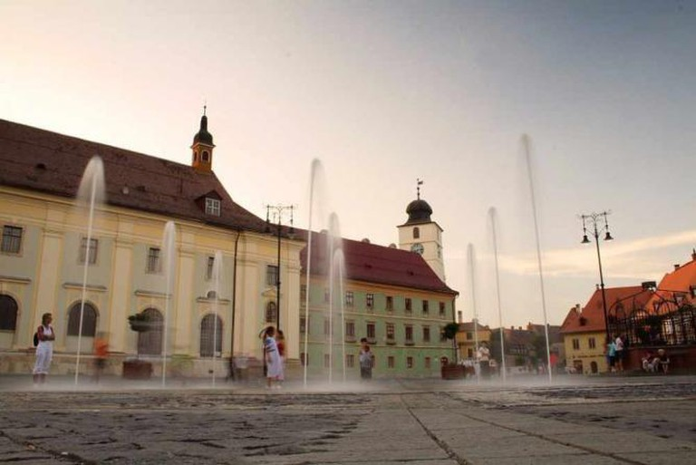 Grand Square, Sibiu | © Camil Ghircoias/WikimediaCommons
