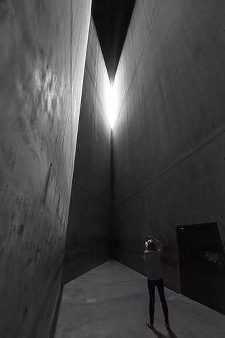 Holocaust Tower | © David Wong/FLICKR