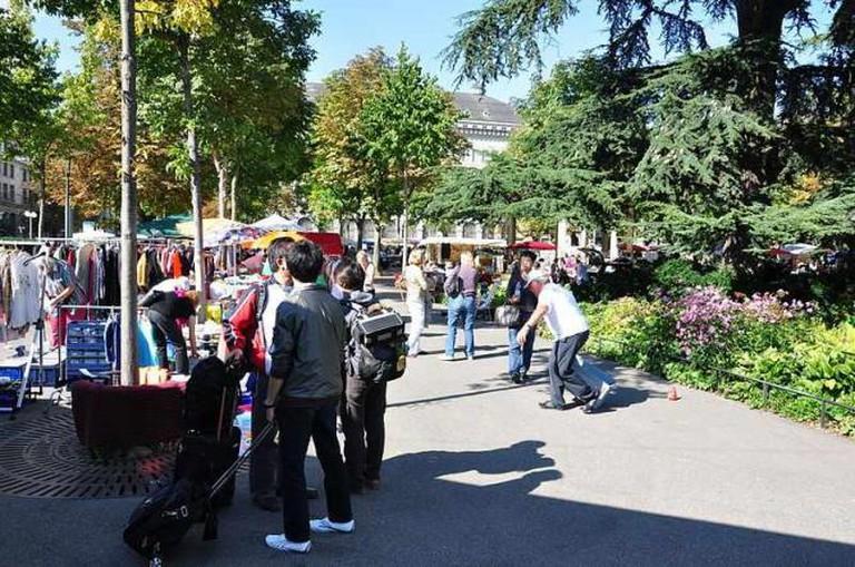 Flea market on the Bürkliplatz | © Roland zh/WikiCommons