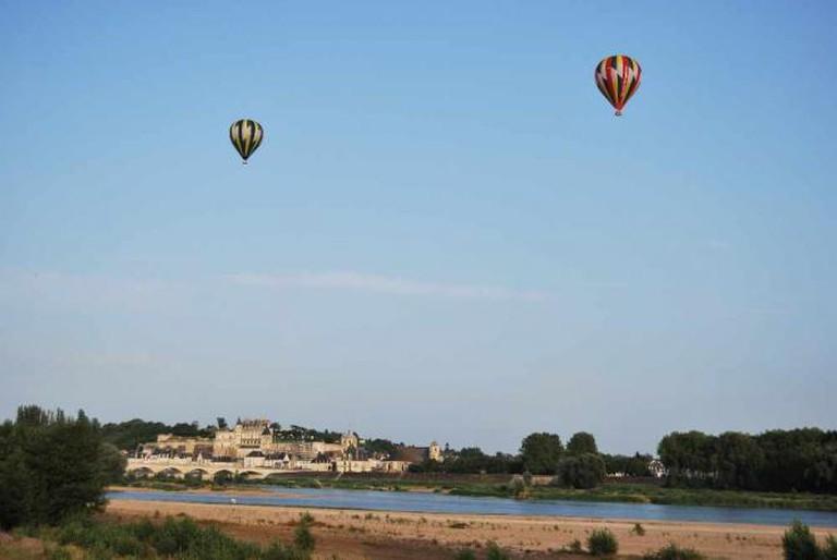 Balloons Over Amboise | © Crackzv8/WikiCommons