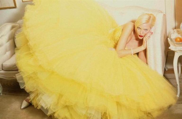 A yellow ball-gown by John Galliano from Spring-Summer 1995 | © The Coincidental Dandy/ Flickr
