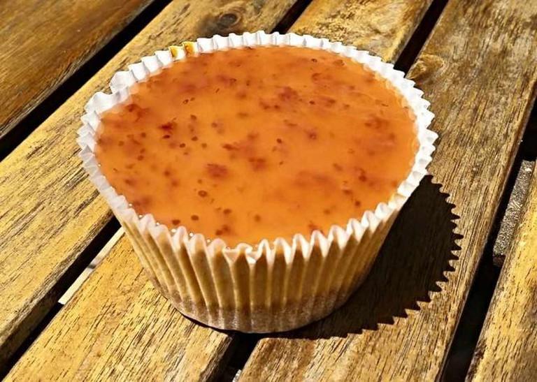Cheesecake with organic brown sugar, wild strawberries, goats cheese and lemon | Courtesy of Datlı Maya