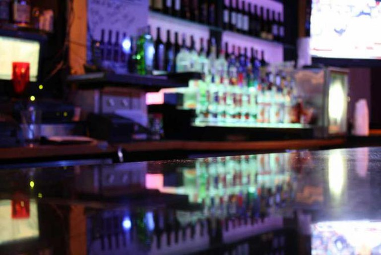 Charleston Bar | © alli/Flickr