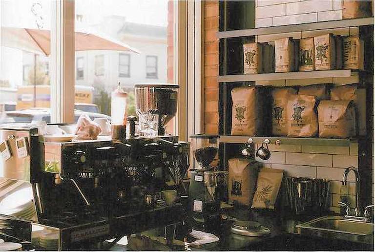 Underwood Cafe | ©navarrd/flickr