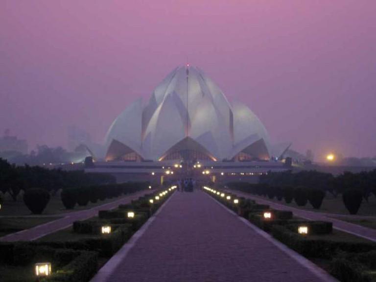Lotus Temple | © AHLN /Flickr