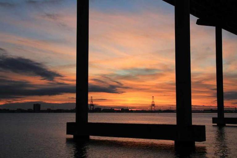 Mt. Pleasant Pier Sunset | © Alyson Hurt/Flickr