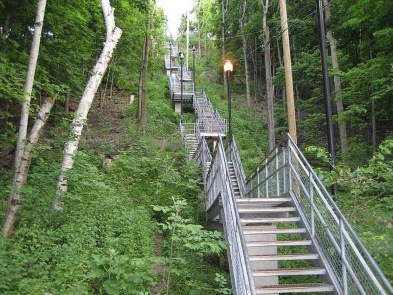 Mountain access stairway
