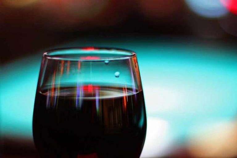 Wine Bar   © Mr.TinDC /Flickr