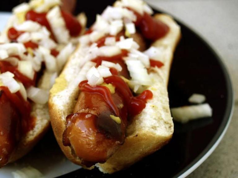 Hotdogs l © cyclonebill/WikiCommons