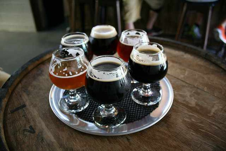 A round of beers at Grist House Brewing | © Pittsburgh Craft Beers/Flickr