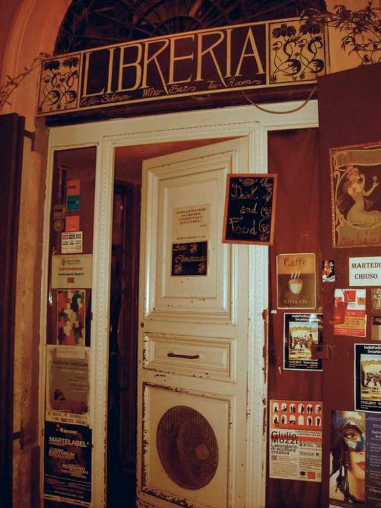 Libreria Caffé Bohemien | © Marlen Afef Altodè/Flickr