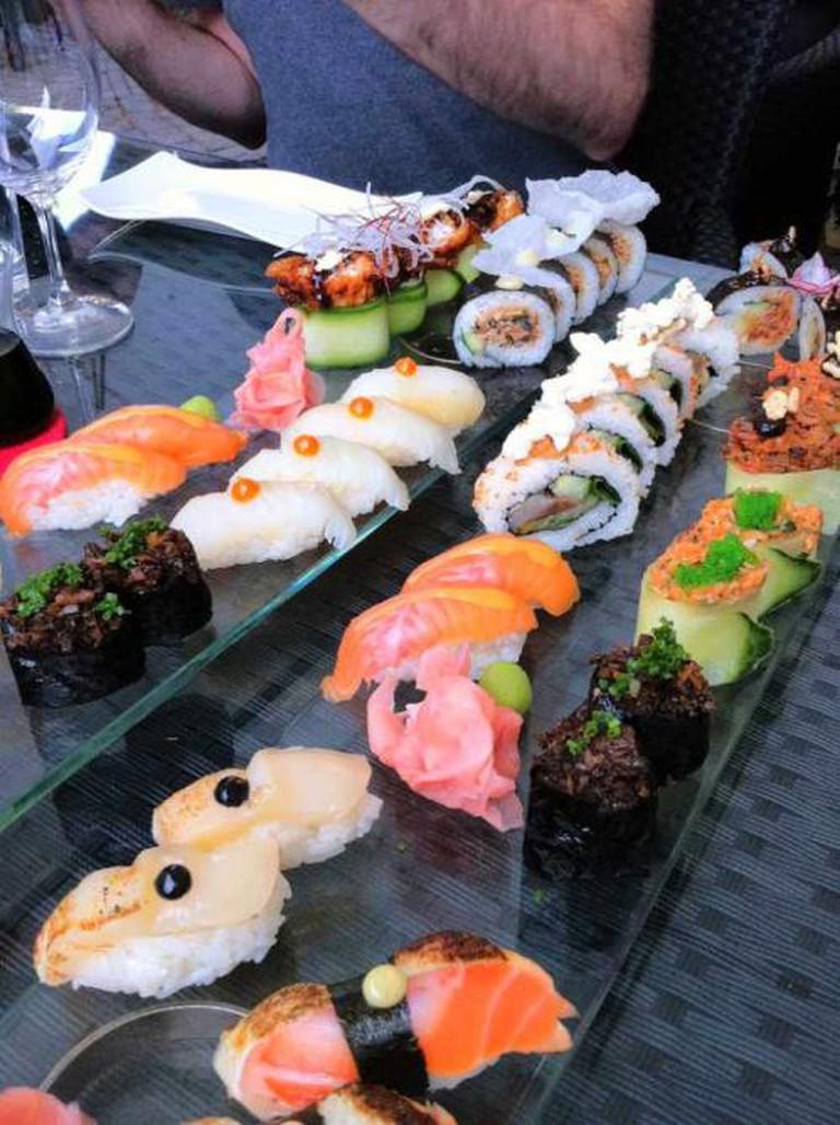 Sushi served in Råkultur