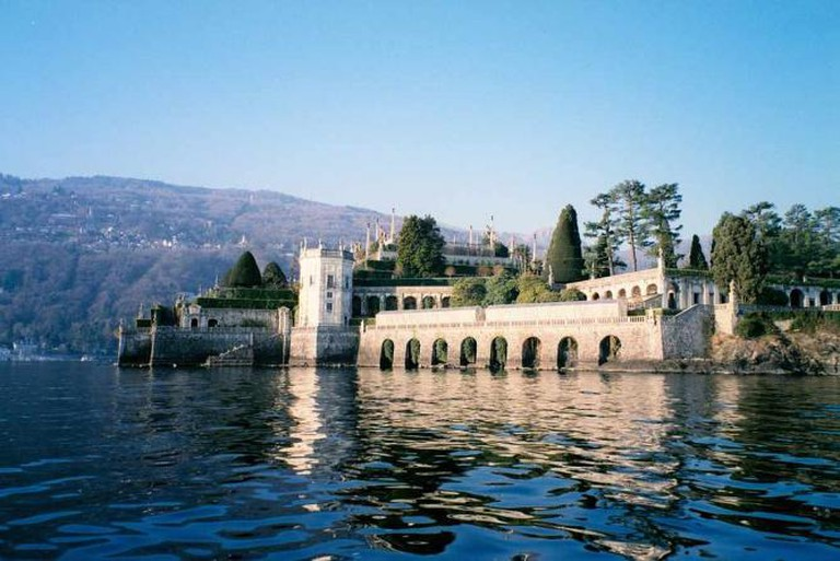 A castle on Isola Bella, Lake Maggiore | © slayer/Flickr