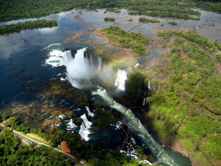 Iguazu Falls © cristoph schrey/Flickr