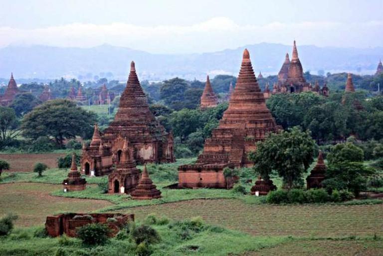Temples and farms in Bagan, Myanmar | © KX Studio/Flickr