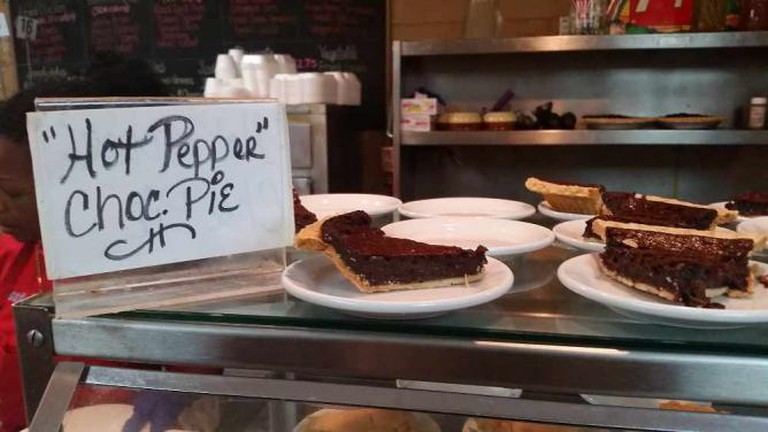 Hot Pepper Chocolate Pie, Arnold's Country Kitchen | © Rachel Chapdelaine/Flickr