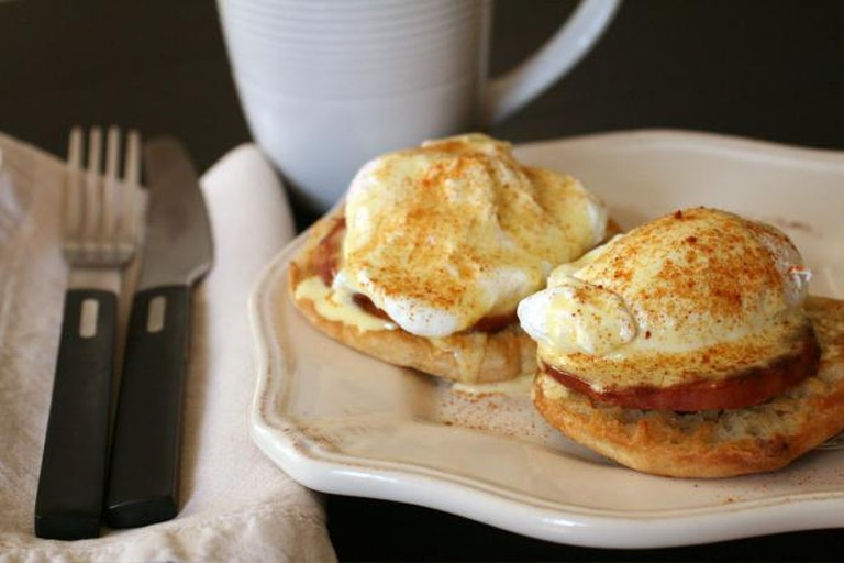 Eggs Benedict | © thebittenword.com/Flickr