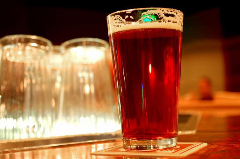 Pint of 90 Shilling Amber Ale| © Michael Fajardo /Flickr