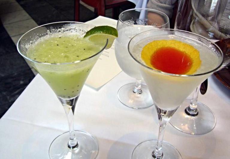 Muddled Fruit Cocktails | © Kent Wang/Flickr