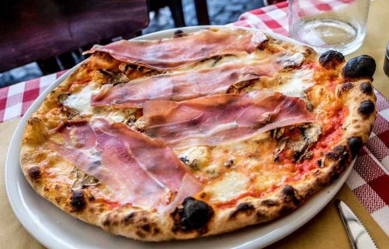 Parma Pizza | © Prawee Nonthapun/Flickr