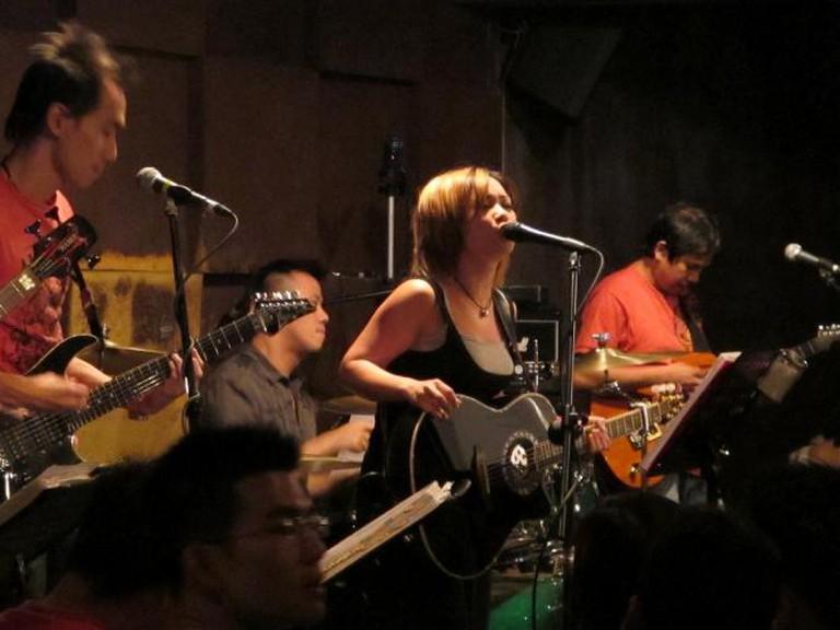 Band performing at Wala Wala Cafe Bar   © Steel Wool/Flickr