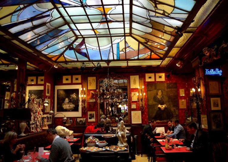 Café du Palais   © Tom Hilton/Flickr