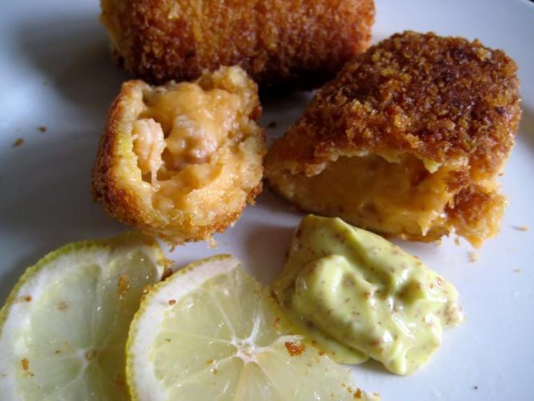 Shrimp croquettes | © kattebelletje/Flickr
