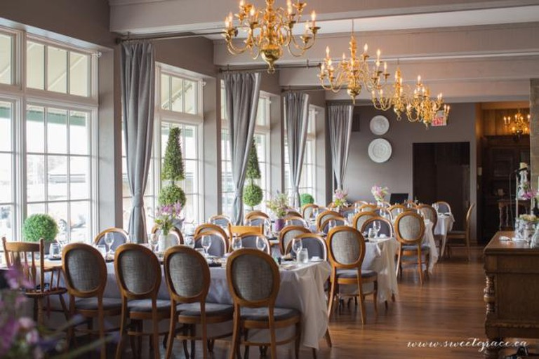 Dining Room l Courtesy of the Old Stone Inn Boutique Hotel