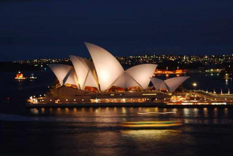 Sydney Opera House by night | © Vera & Jean-Christophe/Flickr