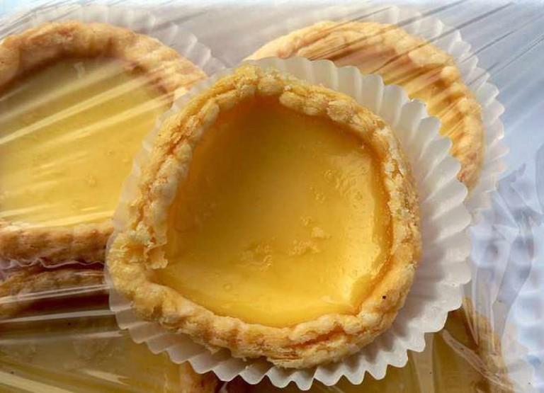 Egg Custard Tarts | © stu_spivack/WikiCommons