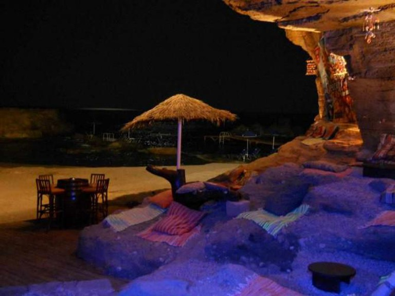 Relaxing setting of Oasis Beach Bar | Courtesy of Oasis Beach Bar