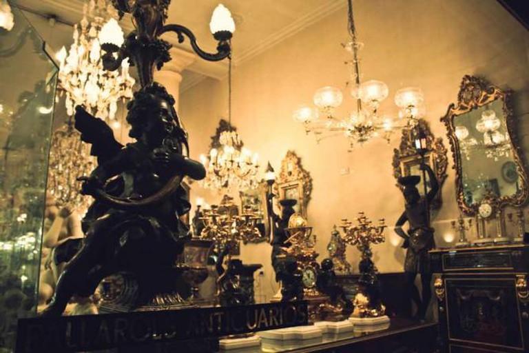 Antiques in San Telmo | Ⓒ Lionel Fernandez Roca/Flickr