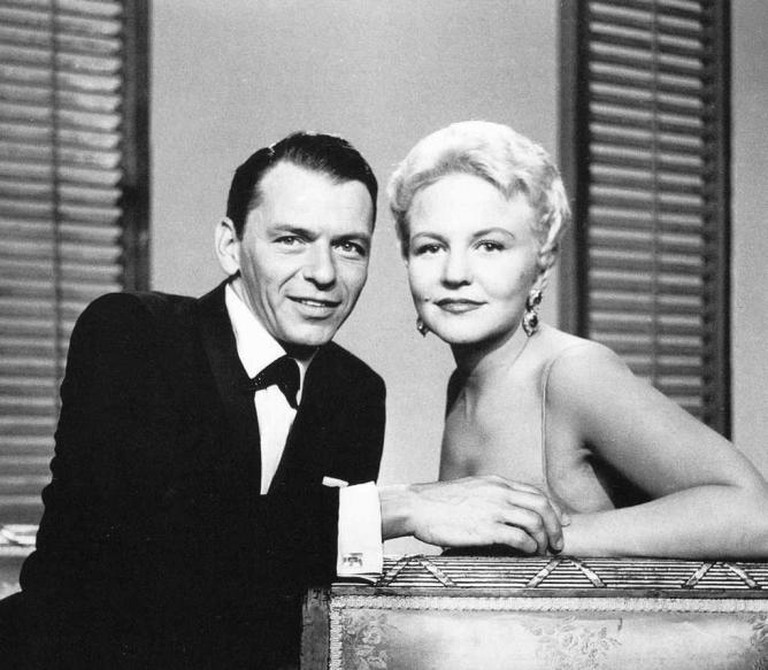 Peggy Lee with Frank Sinatra | © Kate Gabrielle/Flickr