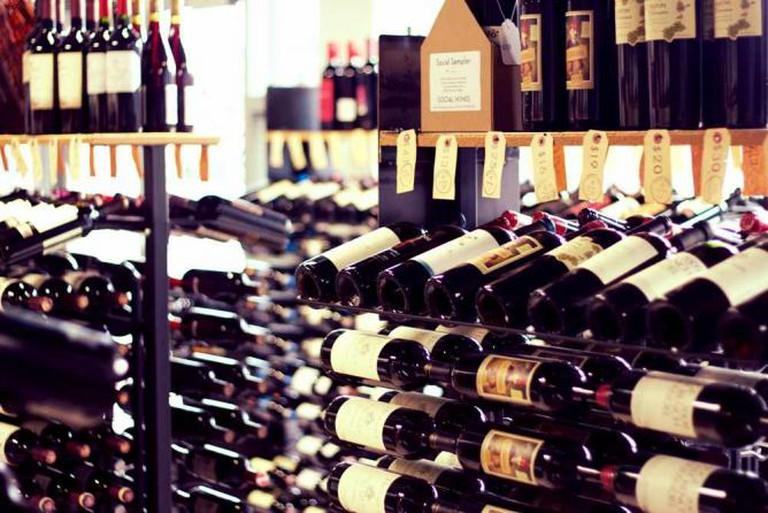 Market Avenue Wine Bar © Didricks/Flickr