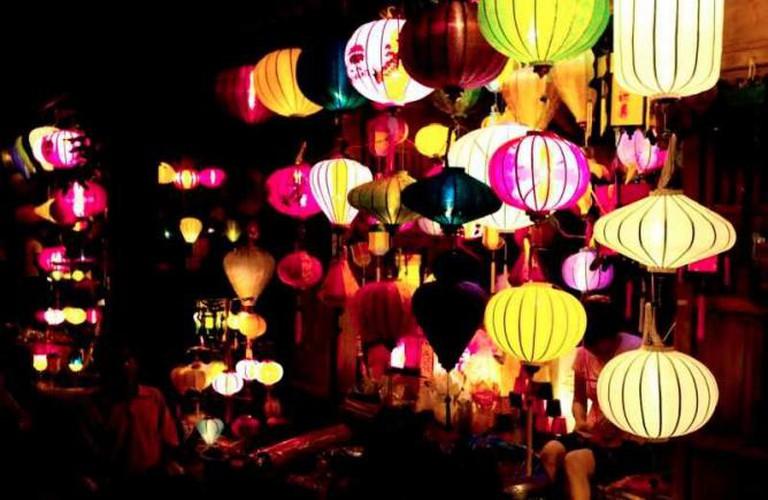 Lanterns | © russavia/Wikicommons