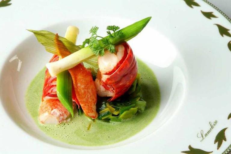 Prawn dish | © Jacques Lameloise/Wikicommons