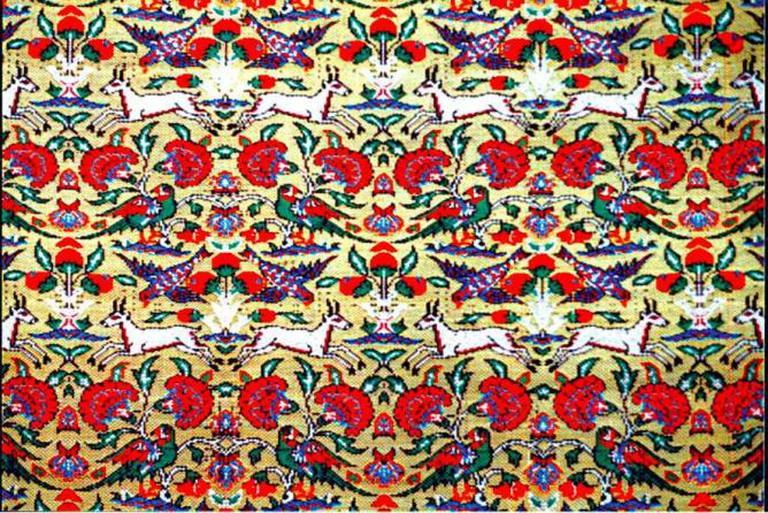 Persian silk brocade | © Sialkgraph/Wikicommons