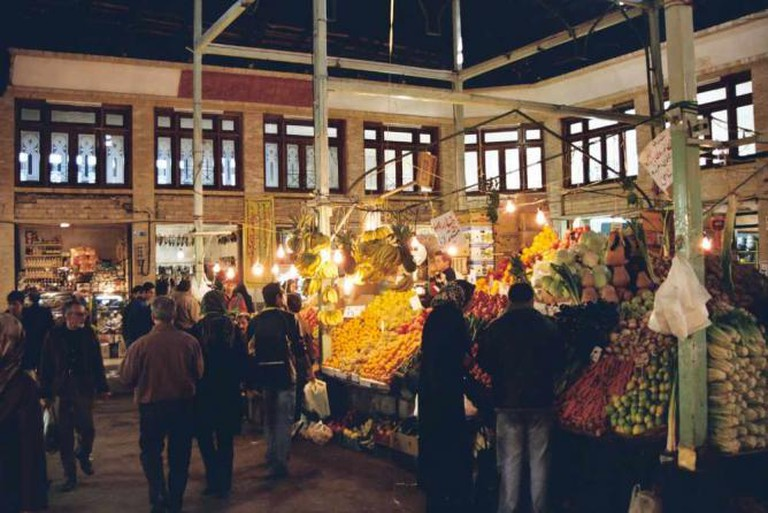 Inside the Tajrish Bazaar | © Mani1/Wikicommons